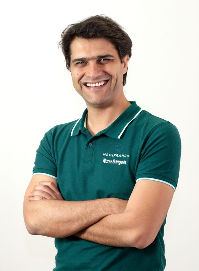 Nuno Bangola Especialista em Cirurgia Oral